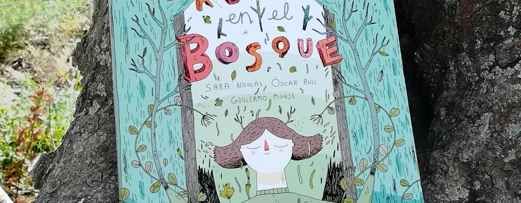 """Montaje del libro """"Árboles en el bosque"""", editado por Tragamanzanas"""